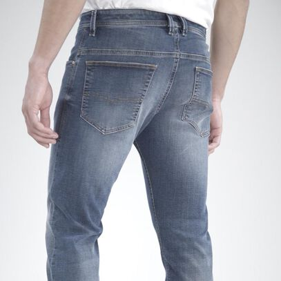 JoggJeans_MADE TO RUN AWAY
