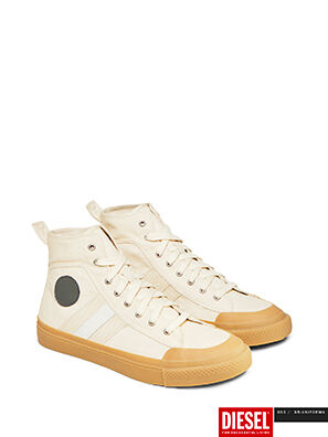 GR02 SH32, Grau/Weiß - Sneakers