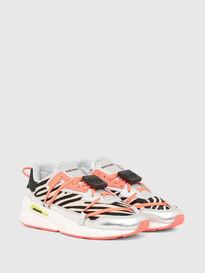 Diesel - S-SERENDIPITY LC EVO, Bianco/Rosa - Sneakers - Image 2