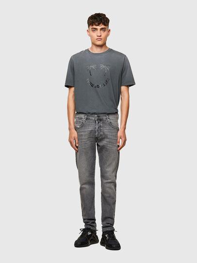 Diesel - D-Yennox 09A10, Gris Clair - Jeans - Image 5