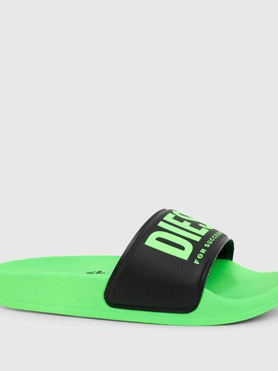 Diesel - SA-MAYEMI YO, Vert/Noir - Footwear - Image 4