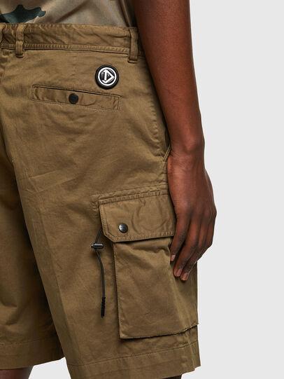 Diesel - P-APE, Vert Militaire - Shorts - Image 4