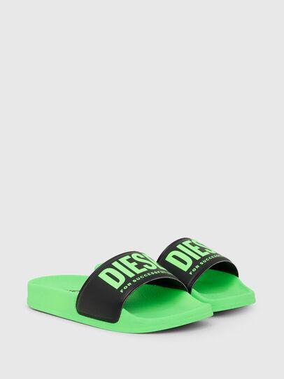 Diesel - SA-MAYEMI YO, Vert/Noir - Footwear - Image 2