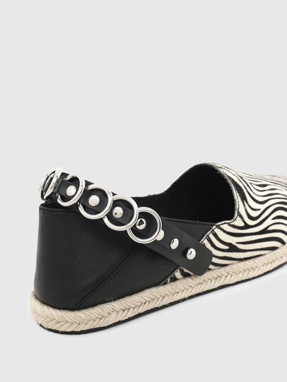 Diesel - S-LIMA W, Noir/Blanc - Chaussures Plates - Image 4