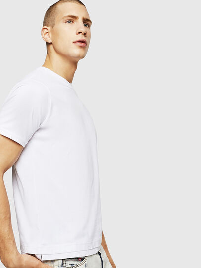 Diesel - T-DIAMANTIK-NEW, Weiß - T-Shirts - Image 4