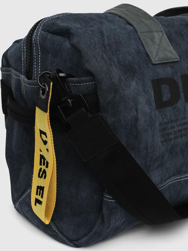 Diesel - D-THISBAG TRAVEL BAG, Jeansblau - Reisetaschen - Image 3