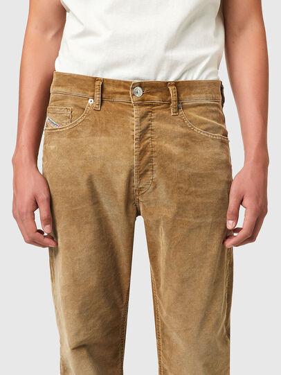 Diesel - D-Macs 069XQ, Marron Clair - Jeans - Image 3