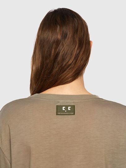Diesel - T-ENKA-C.C, Hellbraun - T-Shirts - Image 3