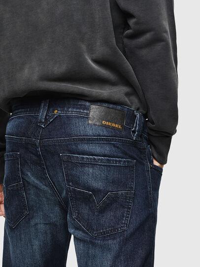Diesel - Larkee 0095W, Dunkelblau - Jeans - Image 5