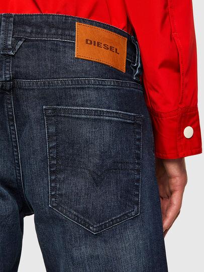 Diesel - Larkee 0095W, Bleu Foncé - Jeans - Image 4