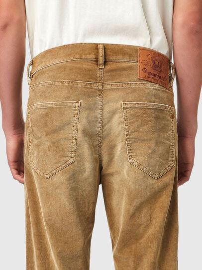 Diesel - D-Macs 069XQ, Marron Clair - Jeans - Image 4
