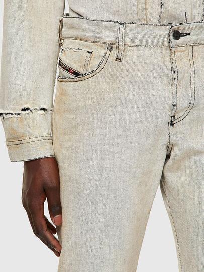 Diesel - D-Kras 09A53, Weiß - Jeans - Image 5
