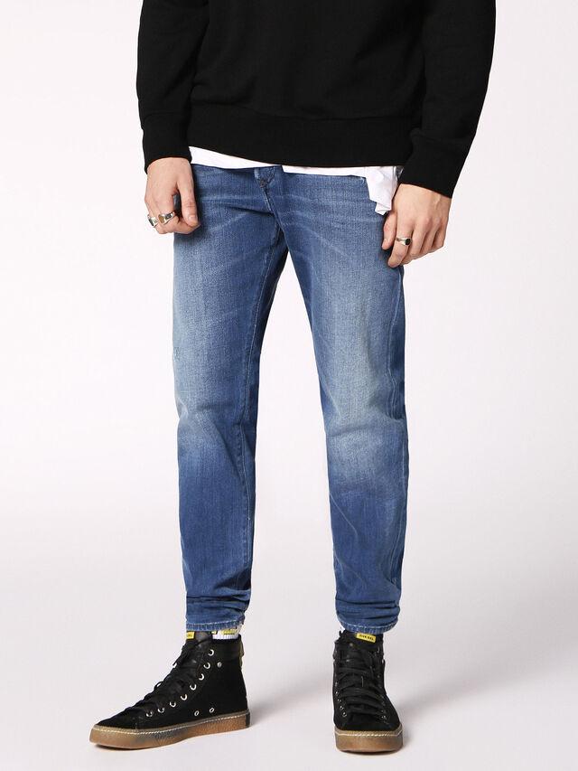 BUSTER 084QQ, Jeansblau