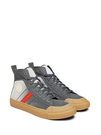 Diesel - GR02 SH32, Grau/Weiß - Sneakers - Image 1