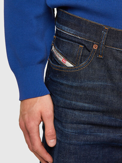 Diesel - D-Fining 09A12, Blu Scuro - Jeans - Image 3