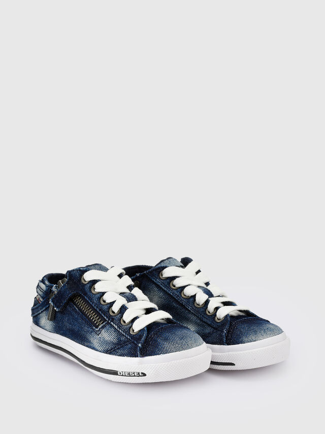 SN LOW 25 DENIM EXPO, Jeansblau
