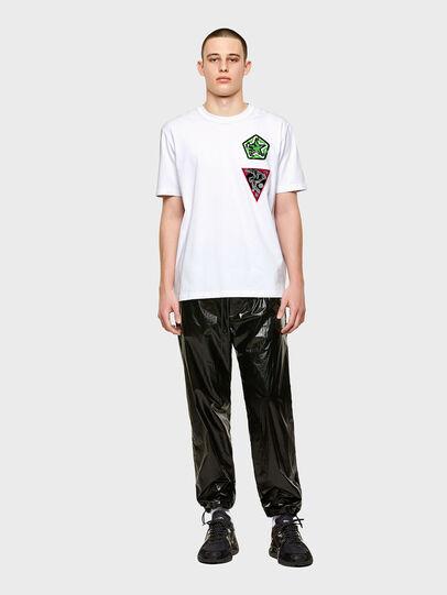 Diesel - T-JUBIND-SLITS-E1, Bianco - T-Shirts - Image 4
