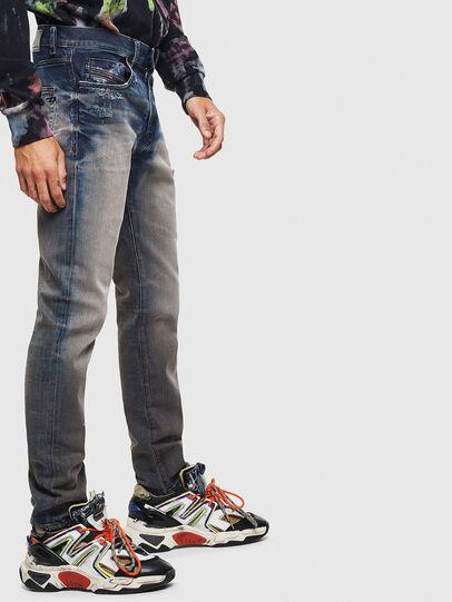 Diesel - D-Strukt 0097Q, Mittelblau - Jeans - Image 4
