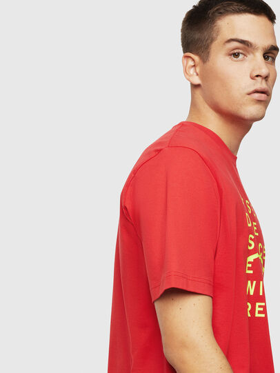 Diesel - T-JUST-J5, Rot - T-Shirts - Image 4