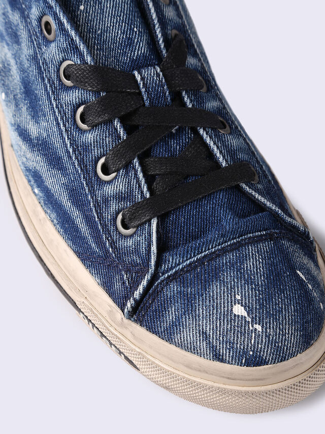 EXPOSURE LOW I, Jeansblau