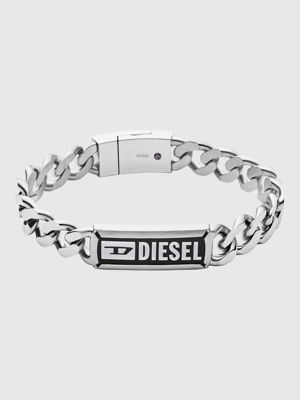 https://ch.diesel.com/dw/image/v2/BBLG_PRD/on/demandware.static/-/Sites-diesel-master-catalog/default/dw7e8bf32e/images/large/DX1243_00DJW_01_O.jpg?sw=594&sh=792