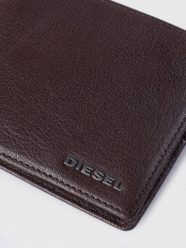 Diesel - NEELA S, Braun - Kleine Portemonnaies - Image 3
