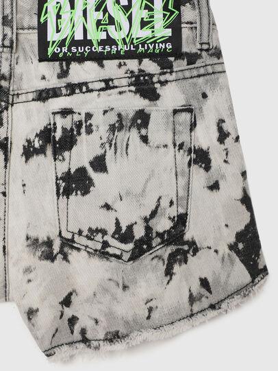 Diesel - PRIFTY, Blanc/Noir - Shorts - Image 4