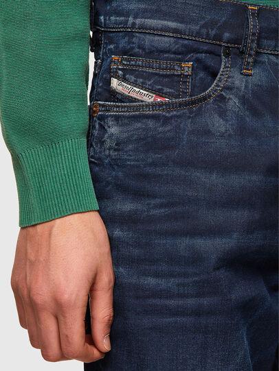 Diesel - D-VIDER JoggJeans® 069WS, Bleu Foncé - Jeans - Image 3