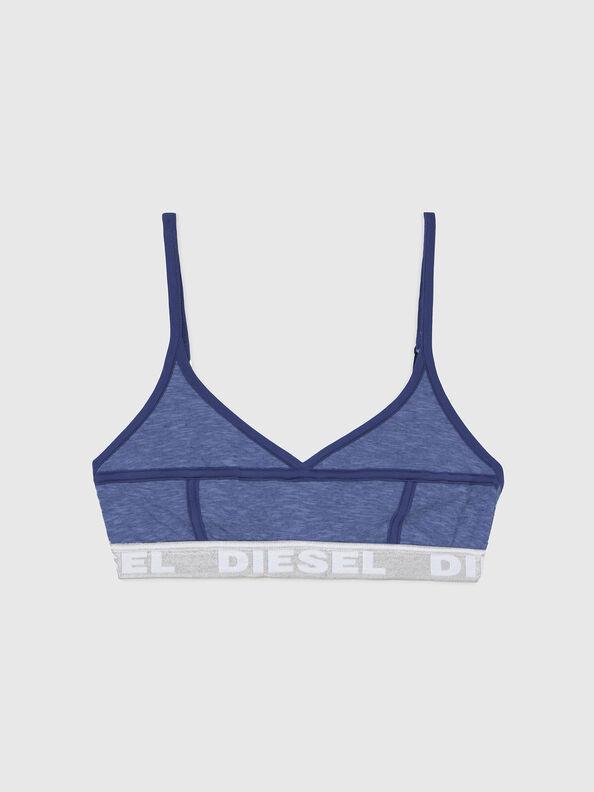 https://ch.diesel.com/dw/image/v2/BBLG_PRD/on/demandware.static/-/Sites-diesel-master-catalog/default/dw92037d20/images/large/A03195_0QCAY_8AR_O.jpg?sw=594&sh=792