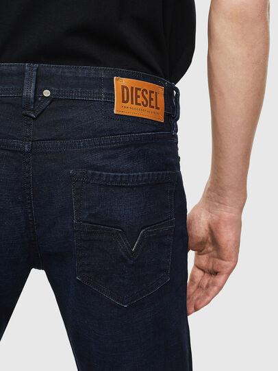 Diesel - Larkee 0098I, Dunkelblau - Jeans - Image 4