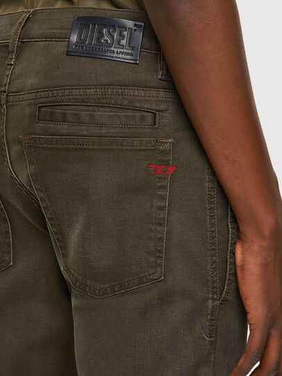 Diesel - D-Fining-Chino 0699P, Verde Militare - Jeans - Image 5