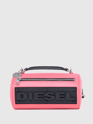 https://ch.diesel.com/dw/image/v2/BBLG_PRD/on/demandware.static/-/Sites-diesel-master-catalog/default/dw9909a43c/images/large/X07577_P2809_T4210_O.jpg?sw=306&sh=408