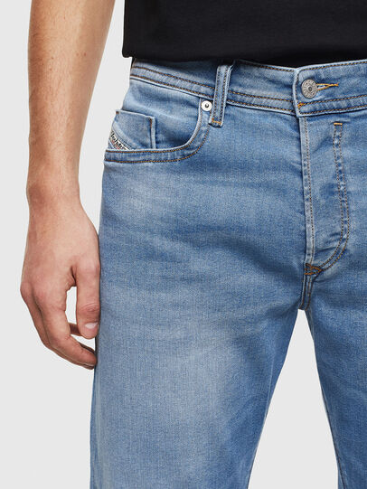 Diesel - Buster 069MN, Hellblau - Jeans - Image 3
