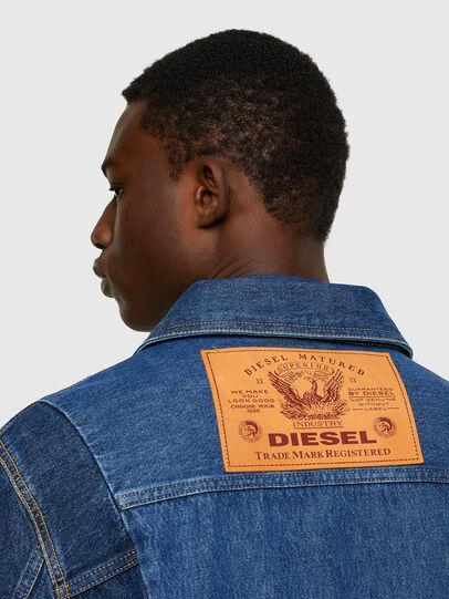 Diesel - D-COSNIL, Blu medio - Giacche in denim - Image 4