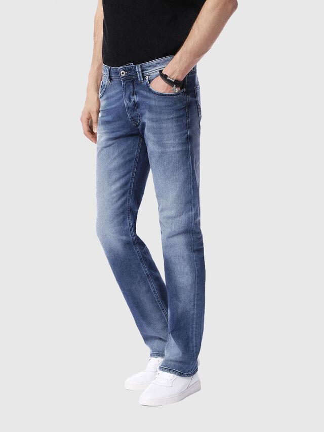 Diesel - Larkee 0853P, Hellblau - Jeans - Image 4