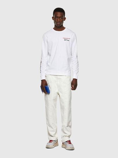Diesel - T-DIEGOS-LS-K25, Bianco - T-Shirts - Image 4
