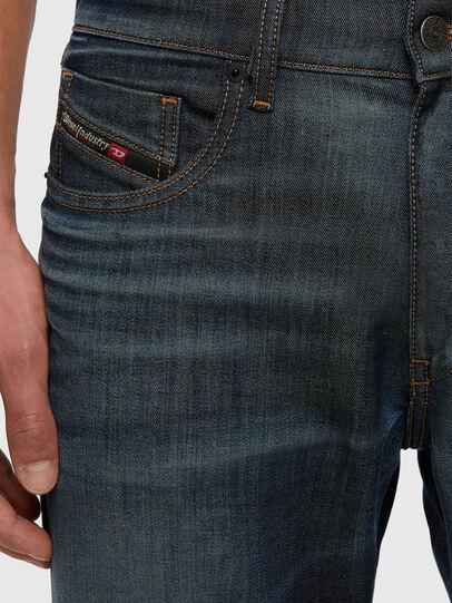 Diesel - D-Strukt JoggJeans® 009KJ, Dunkelblau - Jeans - Image 3