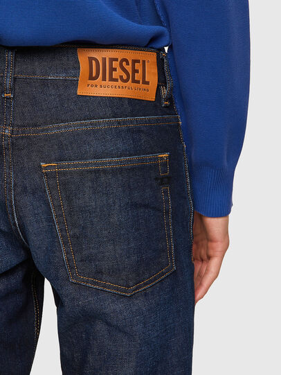Diesel - D-Fining 09A12, Dunkelblau - Jeans - Image 4