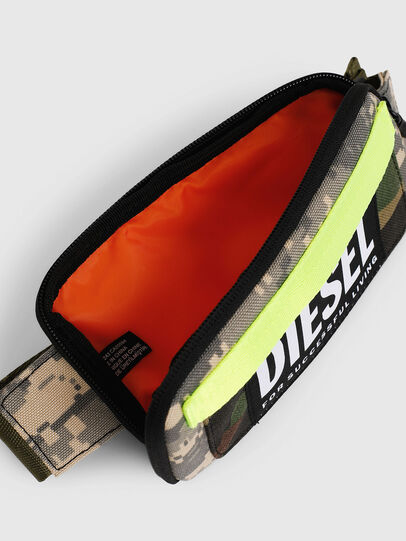 Diesel - BELT RUBBER CASE BIG, Camouflagegrün - Continental Portemonnaies - Image 4
