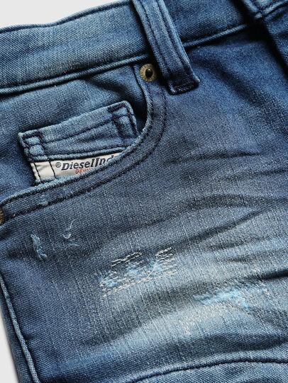 Diesel - PGINGHER JOGGJEANS, Bleu moyen - Shorts - Image 3