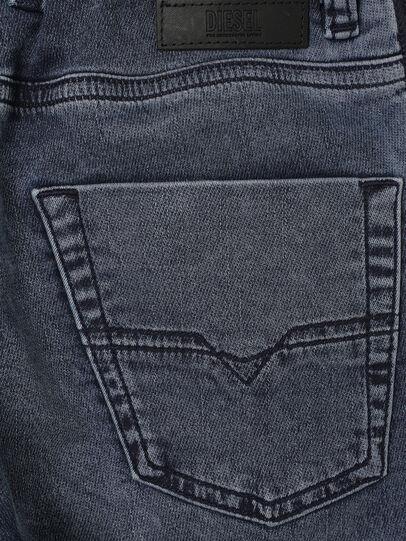 Diesel - KROOLEY-J SH JOGGJEANS, Bleu moyen - Shorts - Image 4