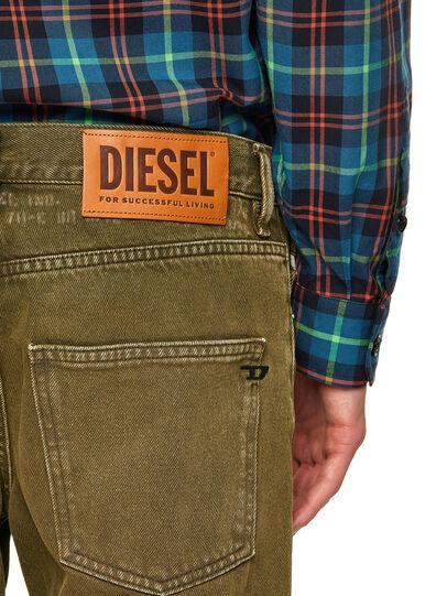 Diesel - D-Kras 09A35, Vert Militaire - Jeans - Image 4