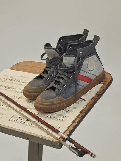 Diesel - GR02 SH32, Grau/Weiß - Sneakers - Image 3