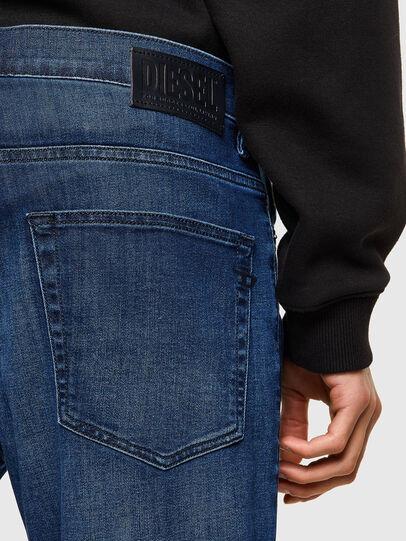 Diesel - D-Fining 069SF, Bleu Foncé - Jeans - Image 3