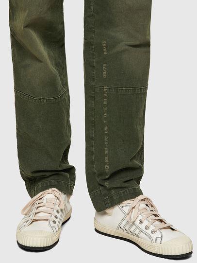 Diesel - D-Azerr JoggJeans® 069WH, Armeegrün - Jeans - Image 4