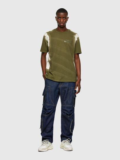 Diesel - T-JUBIND-SLITS-A3, Verde Militare - T-Shirts - Image 4