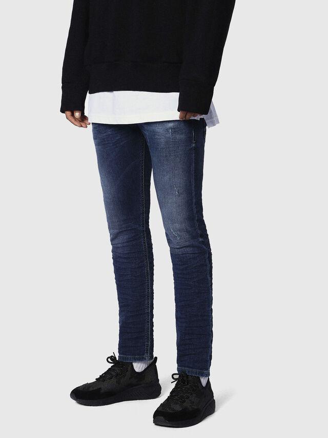 Diesel Krooley JoggJeans 0686W, Dunkelblau - Jeans - Image 3