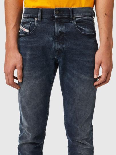 Diesel - D-Strukt 09B25, Blu Scuro - Jeans - Image 3