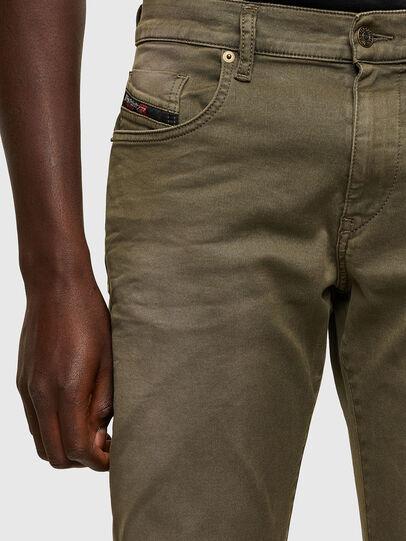 Diesel - D-Strukt JoggJeans® 0670M, Verde Militare - Jeans - Image 3