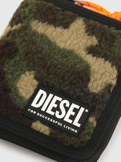 Diesel - PI-ZIP, Vert Camouflage - Portefeuilles Zippés - Image 4